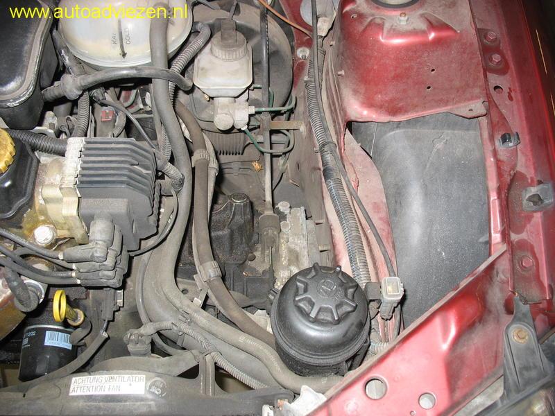 Foto S Uitdrogen Stuurbekrachtiging Retourslang Opel Corsa